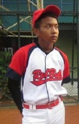Geluti Softball, Arif Raih Prestasi