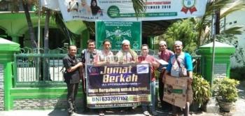 Ika Spemma Surabaya Ajak Masyarakat Berbagi Nasi Bungkus Tiap Jumat